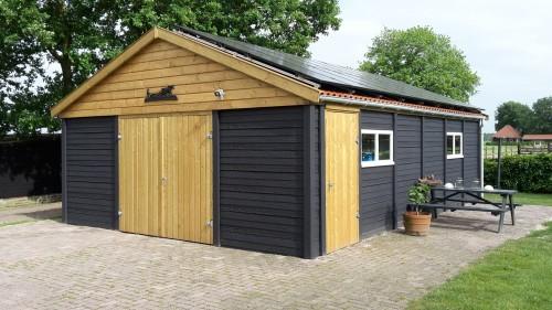 Garage in betonsysteembouw structuur -