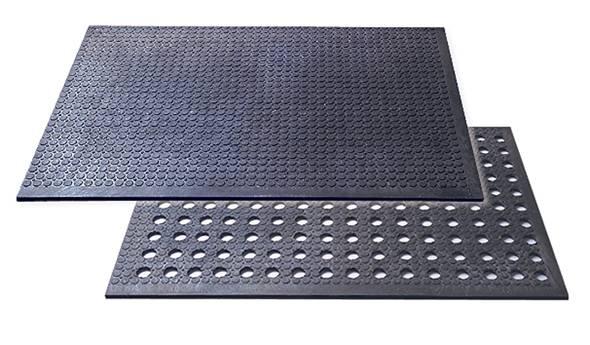 Kunststof zachte PVC vloeren voor paardenstallen en dieren verblijven 22 mm dik per m2 vanaf € 37,36