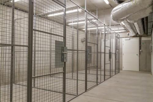 Modulair gaassysteem gaaspanelen gaaswand gaas legborden fiesenboxen bergingen garageboxen opslagruimtes voor gasflessen beveiliging voor mens en eigendommen -
