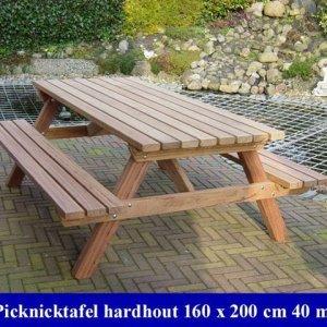 Grote blanke hardhouten picknicktafel Tuinmeubelen 18 -