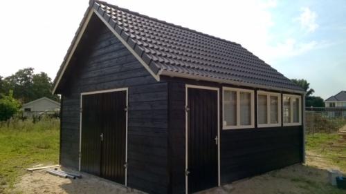 Garage beton hout combinatie systeembouw -